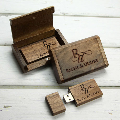 usb sticks aus holz leder mit eigener gravur als. Black Bedroom Furniture Sets. Home Design Ideas
