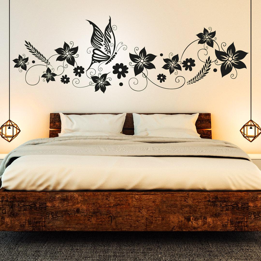 wandtattoo blumen ranke mit schmetterling deko f r schlafzimmer. Black Bedroom Furniture Sets. Home Design Ideas