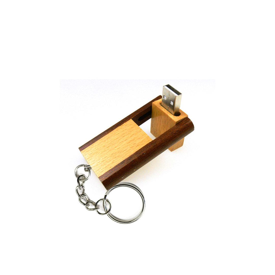 USB-Stick aus Holz mit persönlicher Gravur. Super Geschenk!